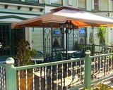 <p>Streetfront seating to enjoy the little home town feeling.</p>